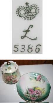 porcelain l crown with cursive quot l quot is it real ludswigsburg of