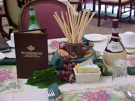 dinner centerpiece ideas how to decorate for an italian dinner centerpieces