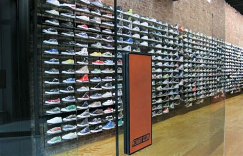 flight club sneaker store flight club the 50 best sneaker stores of all time complex