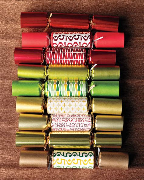 images of christmas crackers christmas crackers make your holiday pop with surprises
