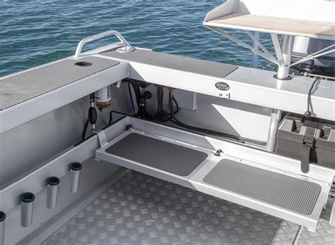 boat transom bench seat surtees boats optional extras boat trailer accessories