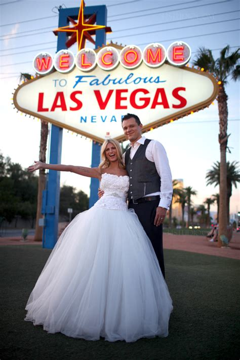 Wedding Vegas by Destination Wedding Photographer 34studio Internation