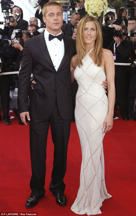 jennifer aniston is she married jennifer aniston reveals she would advise her thirty