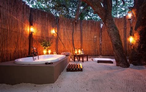 Outdoor Bathtub by 13 Outstanding Outdoor Bathrooms