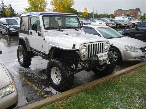 lifted jeep tj lifted jeep tj at brton courthouse 1 madwhips