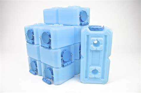 emergency water storage containers the best water storage container supergrail