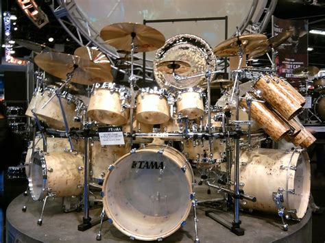 Set Drum Pearl Merah Asik drum namm 2012 drums cymbals and every thing we