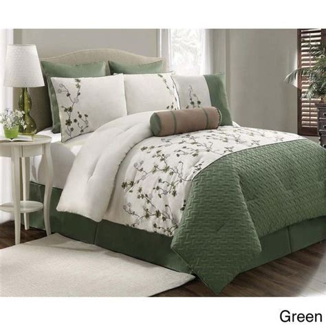 white comforter with green leaves pin by lupe ontiveros on comforters pinterest