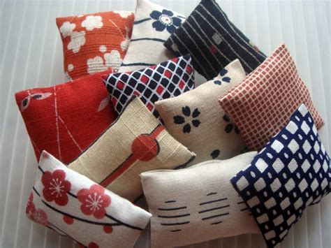 Japanese Pillow - pillows japanese collection