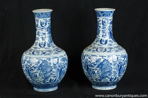 Porcelain Vases And Urns by Pair Blue And White Ming Porcelain Vases Urns