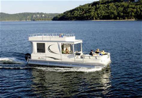 catamaran cruiser party cat research sun tracker party hut 30 regency edition pontoon