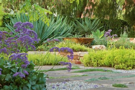 79 best cool gardens images on pinterest landscaping gardens and gardening