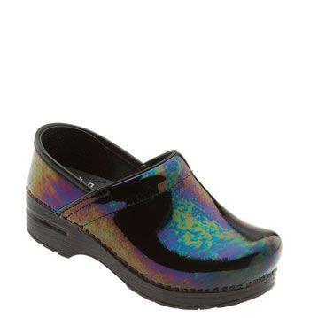 comfortable nursing clogs 59 best best nursing shoes clogs images on pinterest