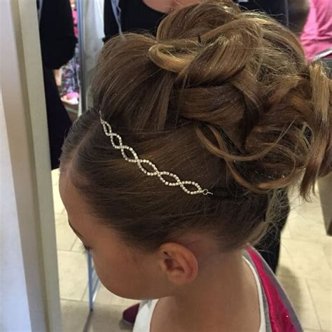 johnbeerens hairstyler communion hairstyle with headband 28 easy first
