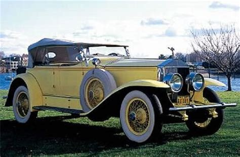yellow rolls royce great the great gatsby symbols and motifs