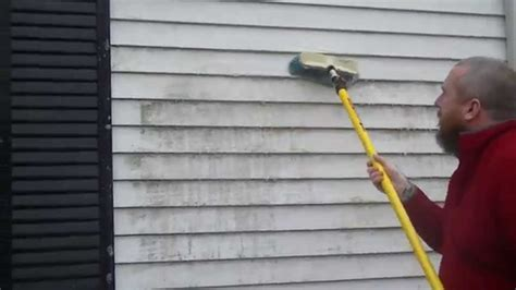 how to remove siding from a house how to remove mildew from house siding youtube