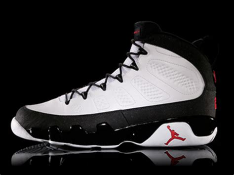best basketball shoes of all time the top 100 basketball shoes of all time bleacher report