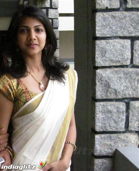 Madonna Sebastian   Telugu Actress Image Gallery