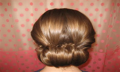 pictures of buns at the nape of the neck bun nape bun on nape of neck hairstyle gallery undercut