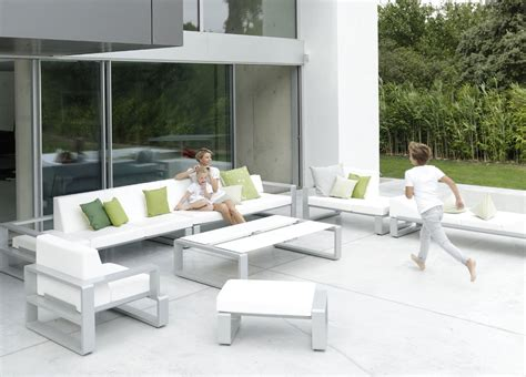 modern backyard furniture contemporary outdoor patio furniture outdoor furniture