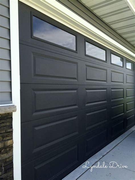 Black Garage Doors 17 Best Ideas About Black Garage Doors On Garage Doors Carriage Garage Doors And