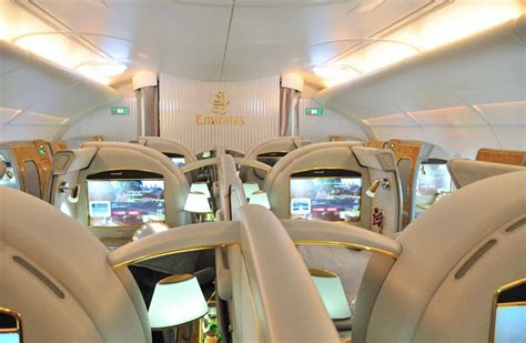 emirates class sydney to auckland return on the