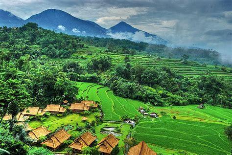 foto keindahan alam di dunia kumpulan contoh puisi bertema keindahan alam dan