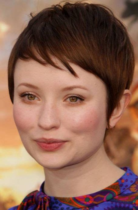 pixie haircut for strong faces 20 stunning looks with pixie cut for round face shape