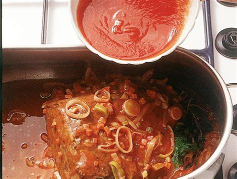 come cucinare il brasato di manzo come si prepara il brasato di manzo sale pepe