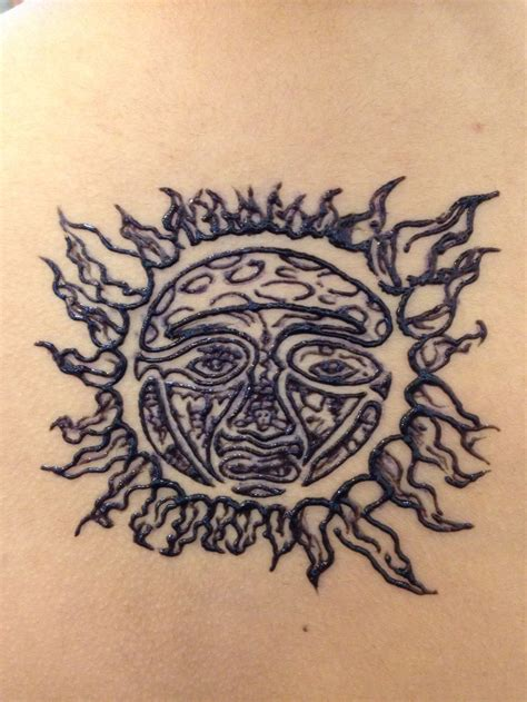 henna sun tattoo sublime sun henna on the back henna