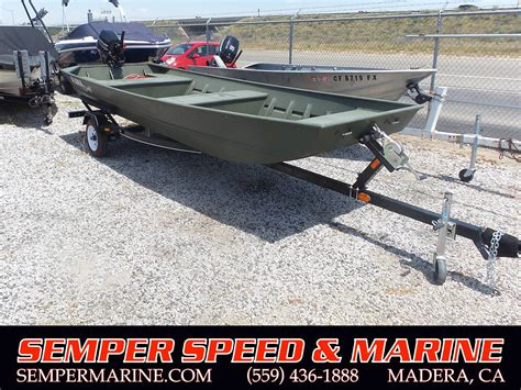 alumacraft 1648 jon boat price 2016 alumacraft 1648 jon boat green power boats outboard