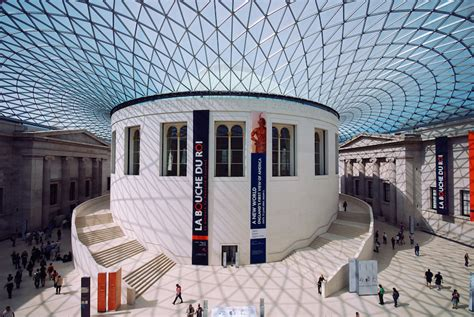 best museum 14 best museums in the world with photos map touropia