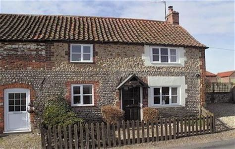 holiday cottages to rent in north creake norfolk north