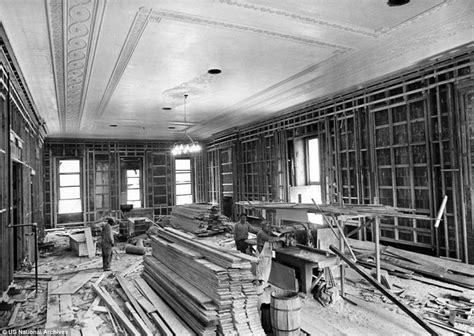 white house renovation photos fascinating black and white photographs show the truman era reconstruction of the