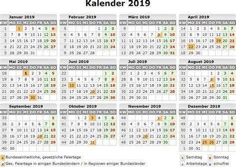 jahreskalender  mit schulferien bayern kalender plan