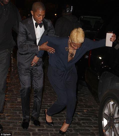 helen lasichanh she is black awkward moment pharrell williams fianc 233 e helen lasichanh