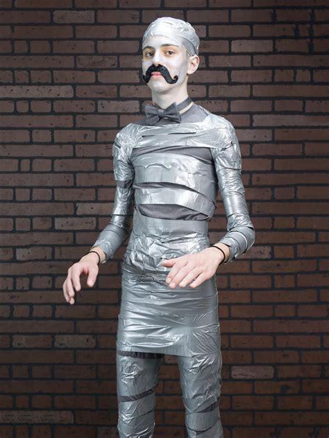 easy budget halloween costume hipster mummy  tos diy