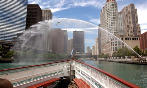 chicago boat tours reviews chicago line cruises in chicago il livingsocial