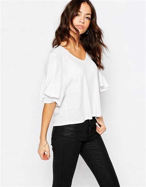 Sleeve Blouse New Look by New Look New Look Flutter Sleeve Top