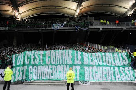 Calendrier Ligue 1 Lyon Etienne Les Banderoles Les Plus Trashs Des Derbys Lyon