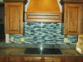 Kitchen Backsplash Glass Tile Design Ideas by Knapp Tile And Flooring Inc July 2010