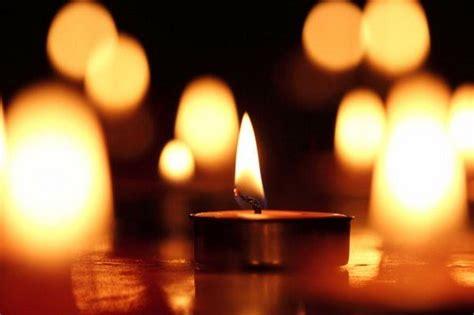 candele accese pressenza una candela accesa per dire no alla guerra in