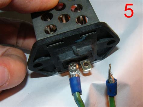 ford mondeo cooling fan resistor bad cooling fan resistor 28 images i my cooling fan resistor is dead is the connector as
