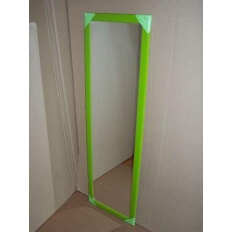 parete a specchio per ingresso specchio a parete per ingresso cameretta negozi verde mela