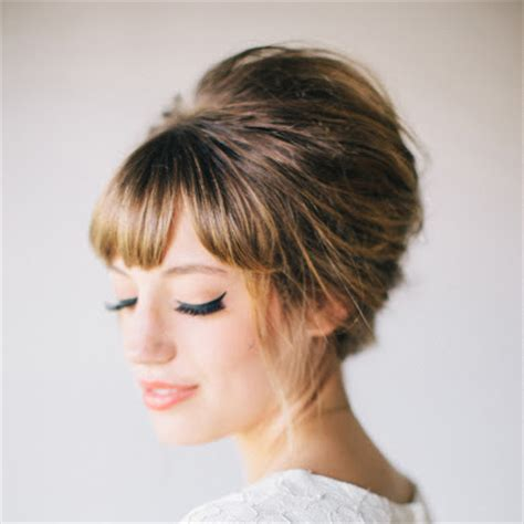 wedding hairstyles bangs must read tips for wedding hairstyles with fringe