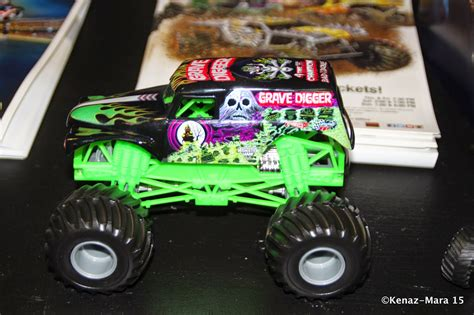 grave digger costume monster truck 100 grave digger monster truck costume monster jam