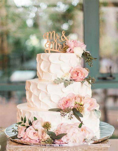 wedding cakes   Tulle & Chantilly Wedding Blog