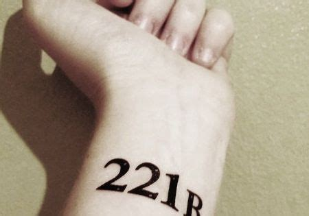 baker street tattoo 18 ephemeral tattoos for booklovers 221b baker