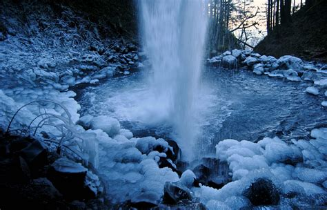 frozen waterfalls frozen waterfall fascinating images in hd morewallpapers com