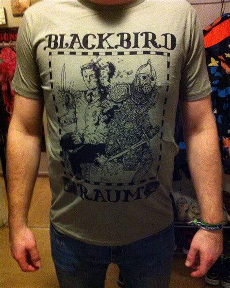 Tshirt Distro Not Interested Busted Distro